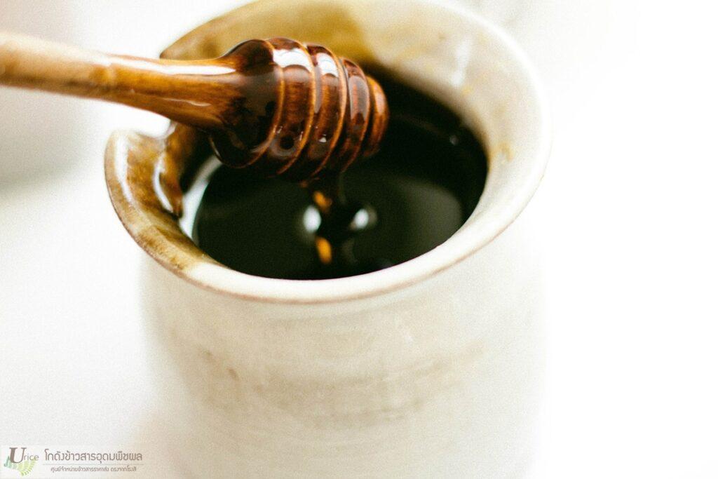 หมูปิ้งน้ำผึ้งเนยสด